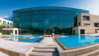 Therme Meran – by Tappeiner